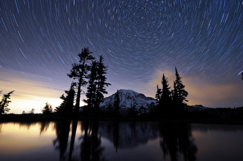 neptunesbounty:  A Night at Mt. Rainier - Part 10 - 11:06pm by David M Hogan on Flickr.