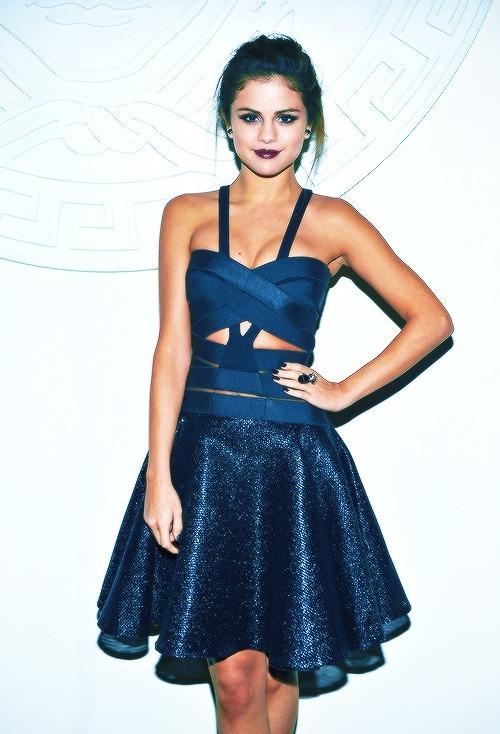 Selena Gomez Images we Heart it Image Via we Heart it Fashion