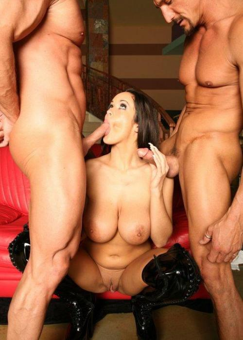 okosexy:  Do you like amateur swinger pics?Threesome, foursome, more?Erotica? Follow our page!http://okosexy.tumblr.com/