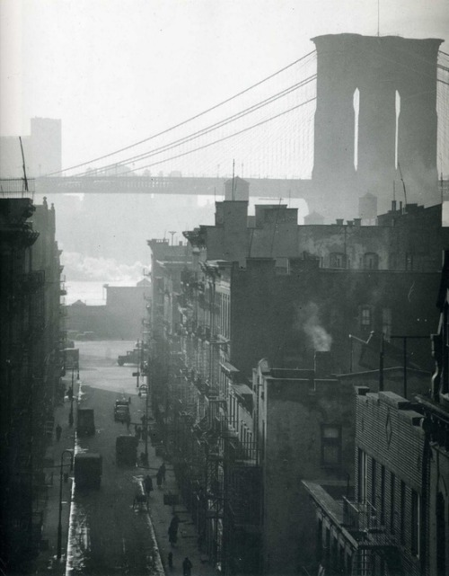 losed:  by Andreas Feininger