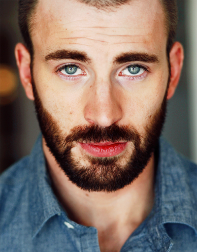 bearded-ness:  Chris Evans