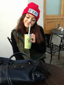 hidden-souls:  i have that beanie too