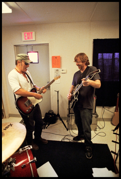 dannyclinch:  Bruce Springsteen and Trey Anastasio rehearse for a classic bonnaroo surprise. Bonnaroo 2009 www.dannyclinch.com  prob my fav roo performance that I've seen