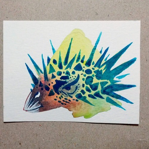 Spiky #micro #friday #dino #morning #warmup #watercolor #painting #practice #illustration #prehistoric #PaleoParty #armor #helmet #headgear #dinofashion #dinodrag #instagramart #artistsoninstagram