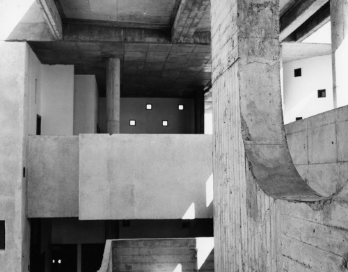 infinitehallucination:  High Court, Chandigarh, 1955. Le Corbusier