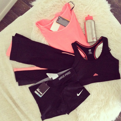 fitspoholic:  i want! but soo broke :(