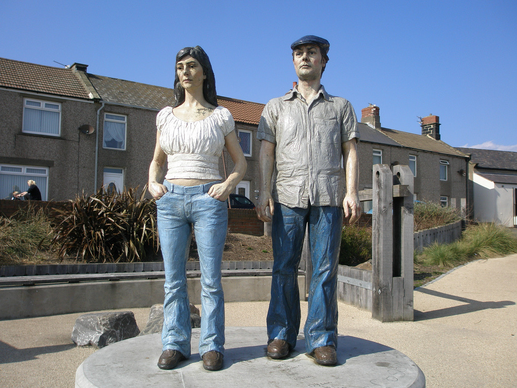 Couple, Newbiggin-by-the-Sea