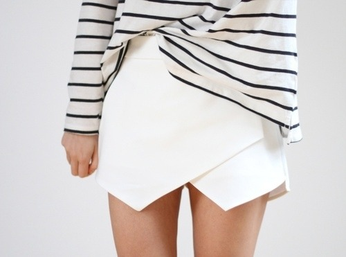 bloggasm:  en-dior:   acnae:  where is this skirt from?  TumbleOn)   Zara