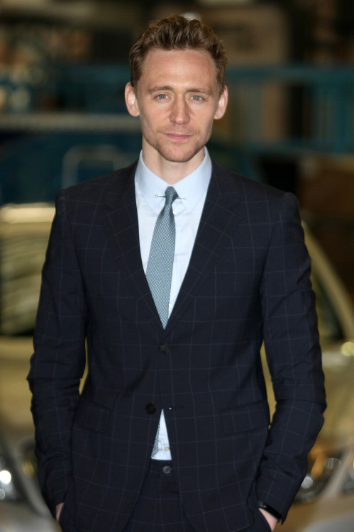 torrilla:  Tom Hiddleston at ITV Studios for This Morning on April 11, 2013 [HQ]