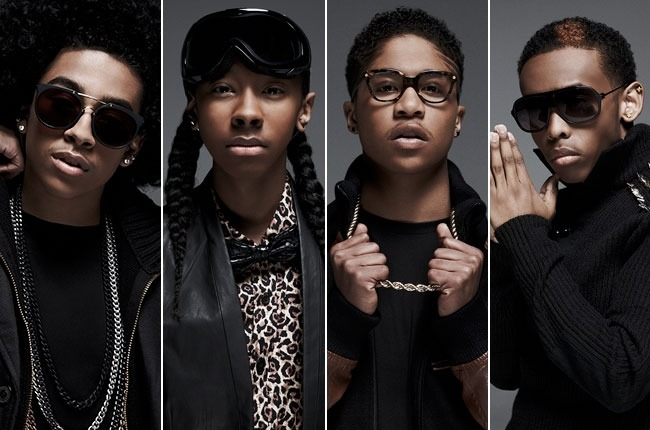 MINDLESS BEHAVIOR fanatics check out video footage of the cuties talking about their ablum & documentary: All Around The World! Congrats to the boys on their their biggest sales week with the 2nd album which debuted at #6 on the Billboard 200 chart moving 37,000 units according to Nielsen Soundscan! Go here! xo @rozOonThego photo: smallz & raskind