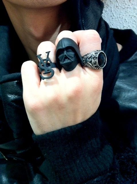 optimus-prime:  jedi—kitten:  DAT RING DOE