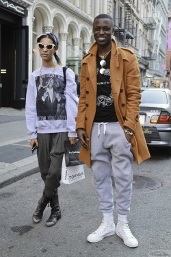 "dweleoye:  ""NewYorkModels"" Follow more street snaps on https://www.facebook.com/DweleOyePhotography"