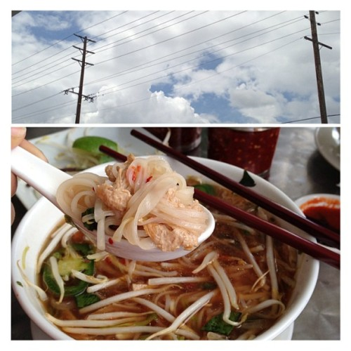 It's cloudy outside, which means its time for Pho! So, of course I went to Loving Hut. #vegan #vegansofig #veganfoodshare #vegetarian #food #pho