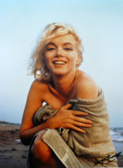 thebeautyofmarilyn:  Marilyn photographed by George Barris, 1962.