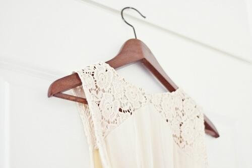 fashion a We Heart It-on http://weheartit.com/entry/59516224/via/vintagepiccs