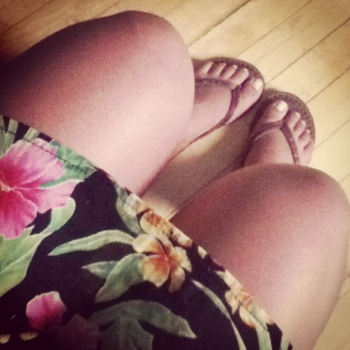 #summerweather #legs #sandals #dress #tan ☀☀☀