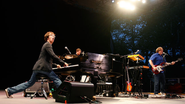 jotwat:  ben folds five - song for the dumped quirky Carolina trio Ben Folds Five reformed earlier this year for a reunion tour, much to the delight of geek-chic fans worldwide. BFF were never a band who fit the mold - they were smashing up pianos when everyone else was still shoe-gazing to grunge bands - and they underline that here with this live performance of signature track Song For The Dumped… sung in Japanese. not something you see every day. ~ sixfootpianist   Can we just take a moment to appreciate the ever-loving fuck out of this wonderful man?