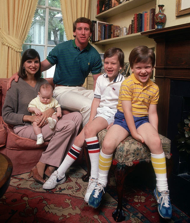 A 1981 family photo of the Mannings (left to right): Olivia, Eli, Archie, Peyton and Cooper. (Lane Stewart/SI) GALLERY: Rare Photos of the Manning Family