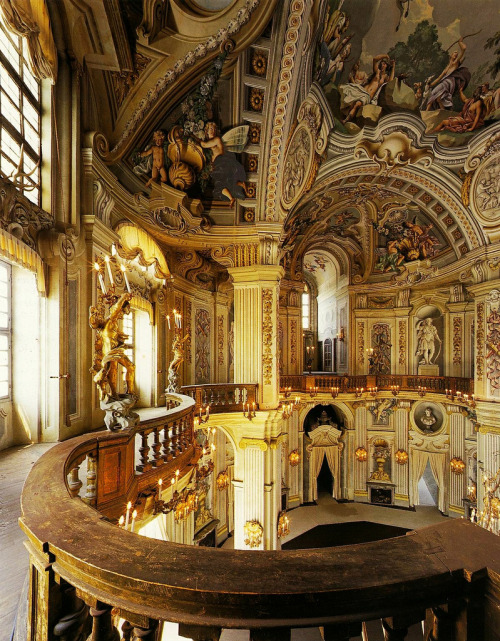 evocativesynthesis:  Filippo Juvarra, Stupinigi Hunting Lodge, 1729-33, main hall staircase. (by arthistory390)