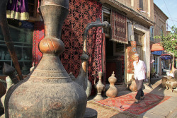 allasianflavours:  Antique shop in Kashgar Old City カシュガル旧市街のアンティーク屋 by  aygulmipo