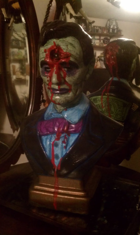 Zombie bust of Abe Lincoln by Brian Kostar. Pretty rad. $175 on Etsy.