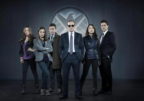 "OFFICIAL: WHEDON'S ""MARVEL'S AGENTS OF S.H.I.E.L.D."" A GO ON ABC. LOGO, CAST PHOTO REVEALED."