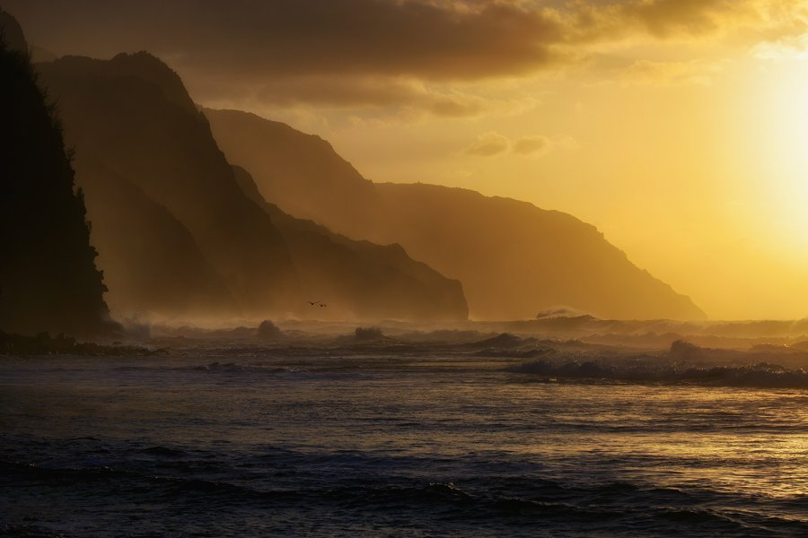 Na Pali Sunset, Kauai, Hawaiiby Richard P Schoetteger  via http://www.travelphotographers.net/mediagallery/media.php?f=0&sort=0&s=20130120151031634