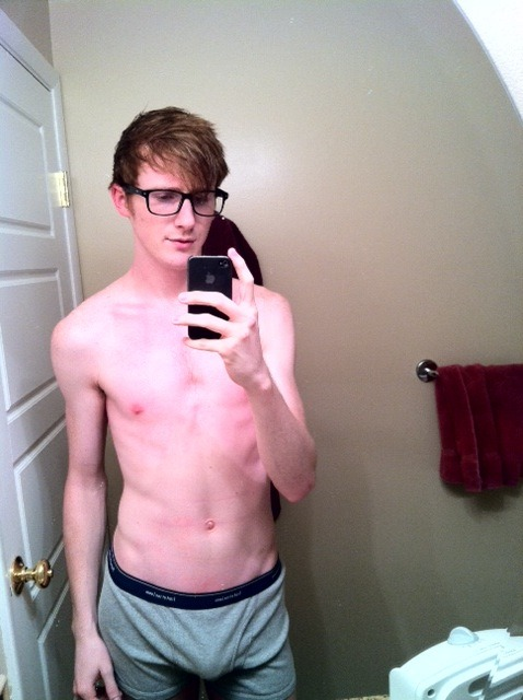 (via Guys with iPhones) #glasses