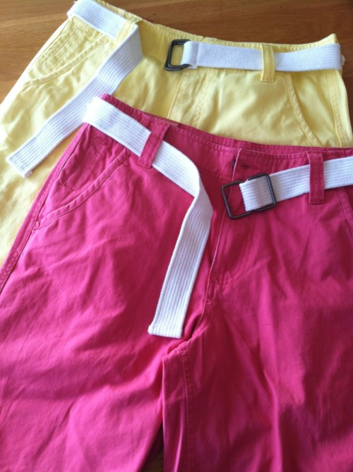 Pink & yellow shorts, oh yes M'am! #SpringIsHere