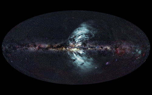 "Giant Gas Geysers Erupting from Milky Way Galaxy Colossal magnetized fountains of gamma-ray-emitting gas are spewing from the center of our Milky Way galaxy, researchers say. The amount of magnetic energy contained in these geyser-like outflows ""corresponds to the energy liberated by about a million supernova explosions — that is a lot!"" study lead author Ettore Carretti, an astrophysicist at the Commonwealth Scientific and Industrial Research Organization in Australia, told SPACE.com. Continue Reading"