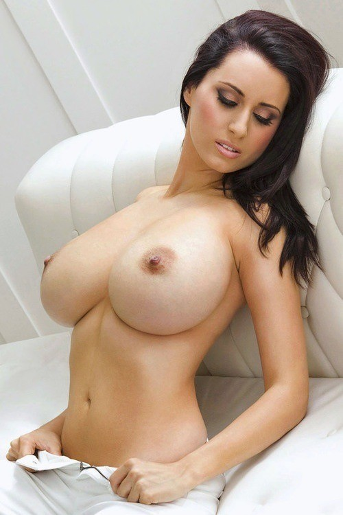 Nude Hot Woman & Huge Tits