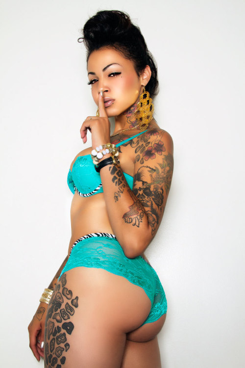 bigbxxtybitches:  Christina Rio Walker