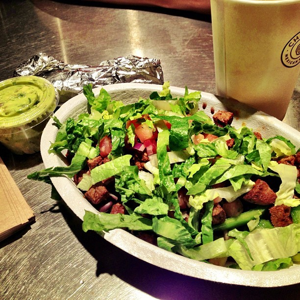 Si Guacamole! #dinner #food #chipotle #igers
