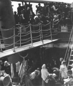 cavetocanvas:  Alfred Stieglitz, The Steerage, 1907 Things to think about when studying: Why was Stieglitz important in the field of photography? How does the composition of the photograph help make it a work of art rather than a snapshot?