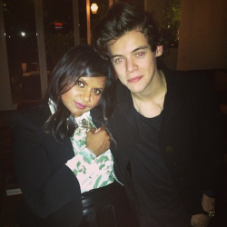 bluehay:   mindykaling: So this happened   Totally random  Two of my favourite things.