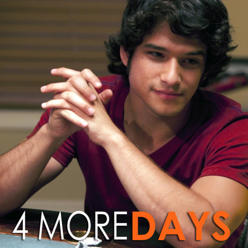 Happy Monday! Can you believe it's only 4 more days until the premiere of White Frog in theaters? Los Angeles, be sure to get your tickets here.