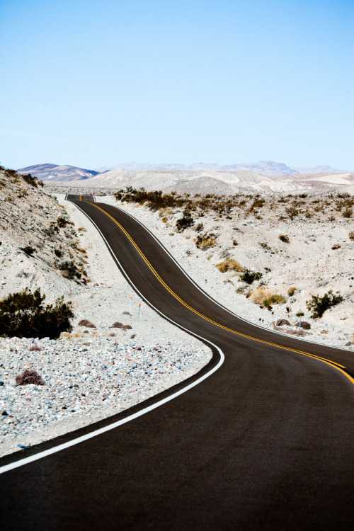 travelingcolors:  Death Valley | California (by Thomas Hawk)