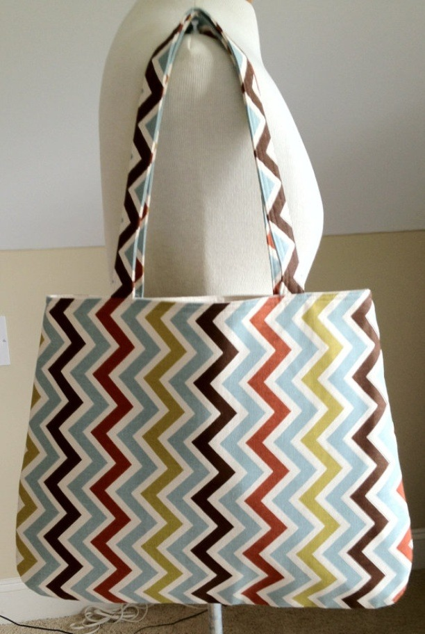 http://shoply.com/product/39145/multicolor-zig-zag-print-tote/