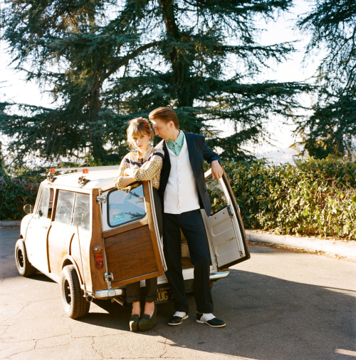autumndewilde:  ZOE KAZAN and PAUL DANO l'uomo vogue (thanks for loaning us the Mini, Captain!)