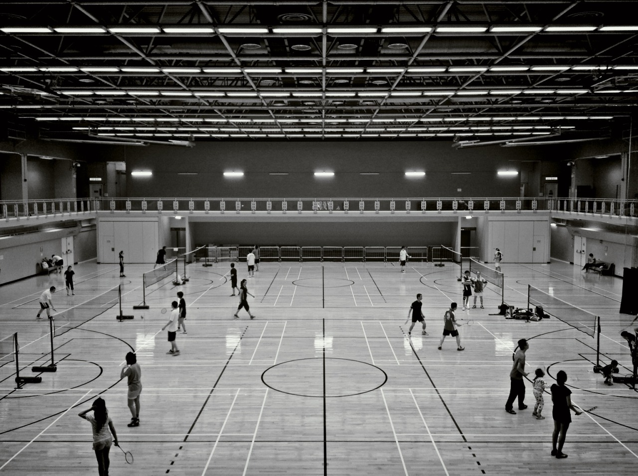 Badminton at 土瓜灣體育館 To Kwa Wan Sports Centre – View on Path.