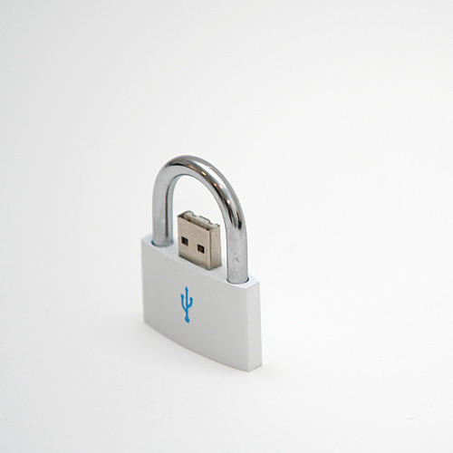 bondomatic:  Nice USB idea.