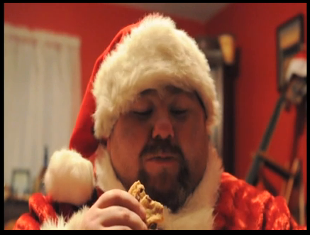mikebigbear:garthdude:Hot Gainer SantaMmm makes me want to leave a feast out for Santa this year, then wake him from his food coma by riding his fat south pole