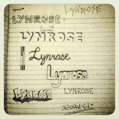 When you're so bored in the class. -_-  #handwritings #lynrose #name