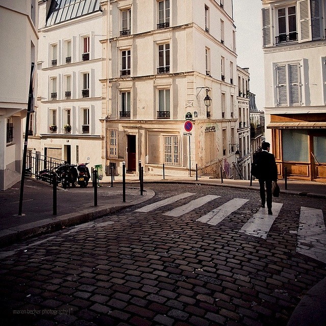 | ♕ |  {photo of the day}  En route. Paris  | by © Maren Becker