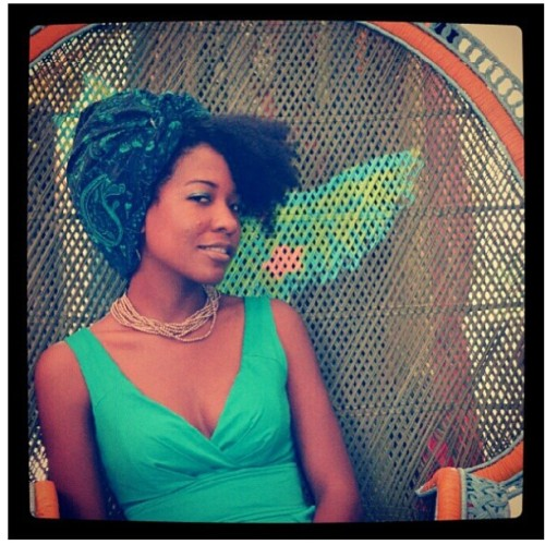naturalhairdoescare:  Courtesy of @lamournaturelle, who sells turbans like the one features here. #naturalhairdoescare #turbanatorthursday