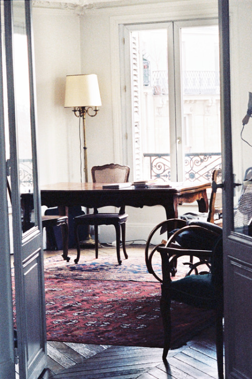 quentindebriey:  emmanuel's appartment in Paris.april 2013