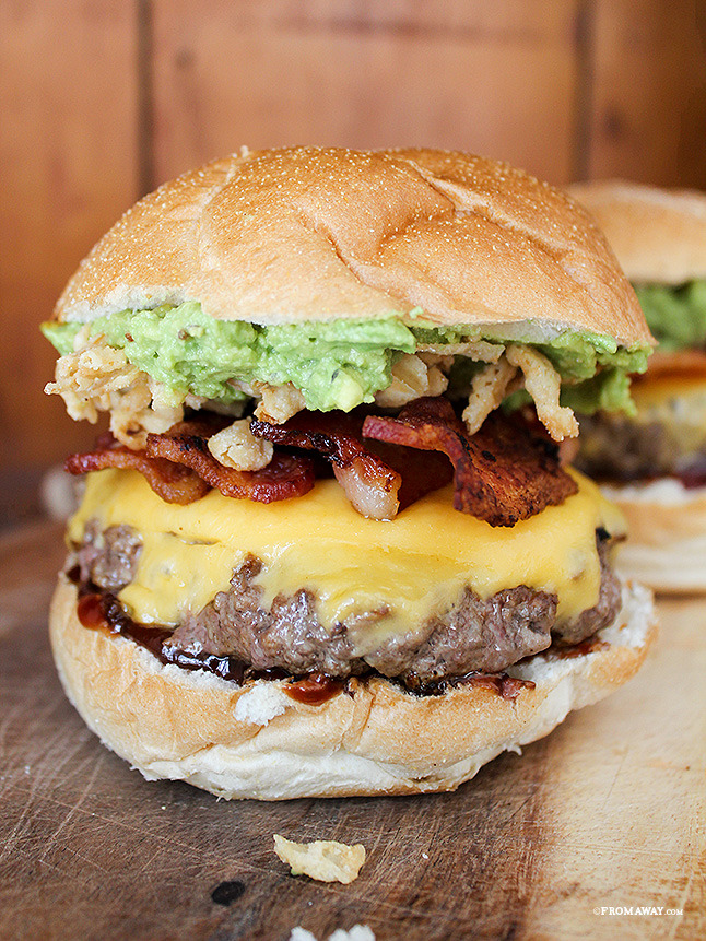 gastrogirl:  homemade big bbq burger.