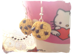 cateaclysmic:  Chocolate Chip Cookie Earrings ♥ Cateaclysmic Crafts ♥