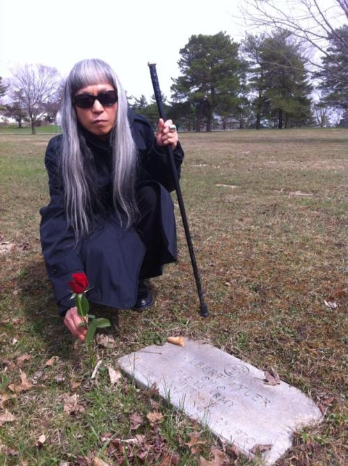 totalvibration:  If you haven't seen the photo of Keiji Haino hanging out by Albert Ayler's grave, it's weirdly beautiful. If anyone knows who took the photo, I'm happy to credit.