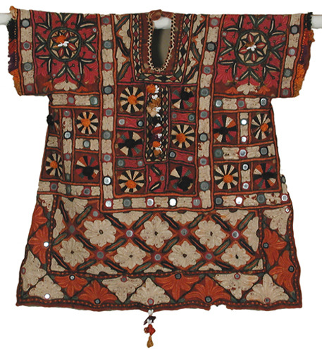 Women's blouse made in Pakistan circa 1940. Henry Art Gallery. Accession Number: 58.2-127